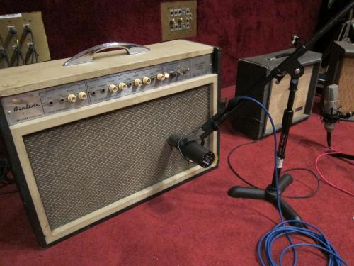Dave's Room Vintage Vibe:1960's Airline Amp